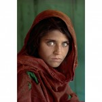 Sharbat Gula, Afghan Girl, at Nasir Bagh refugee camp near Peshawar, Pakistan, 1984. National Geographic. Foto: Steve McCurry