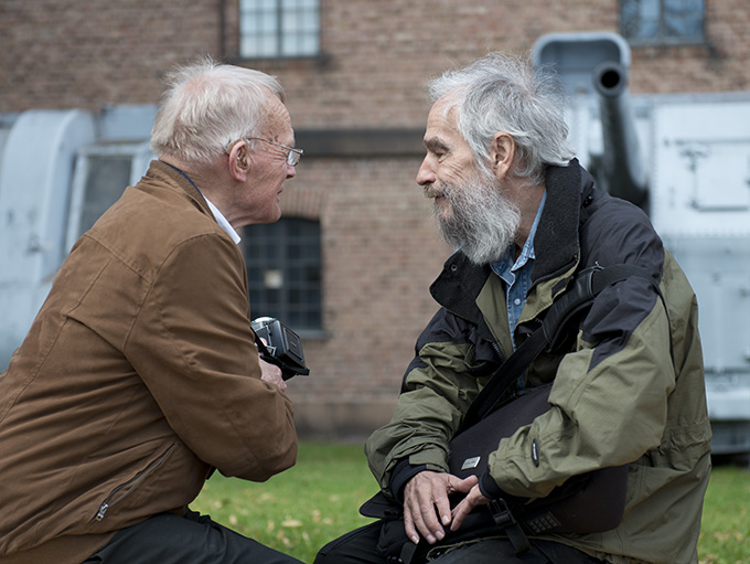 Fotograf Leif Preus i samtale med Fotografis kunstanmelder Per Torgersen. (Foto: Morten M. Løberg)