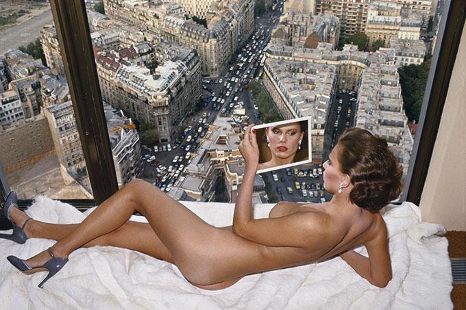 Helmut Newton, Bergstrom over Paris, Paris, 1976 © Helmut Newton Estate