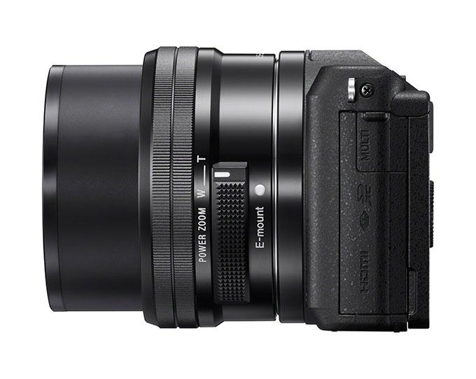 Standardzoom for Alpha A5100 er Sonys 16–50 mm PZ-objektiv.