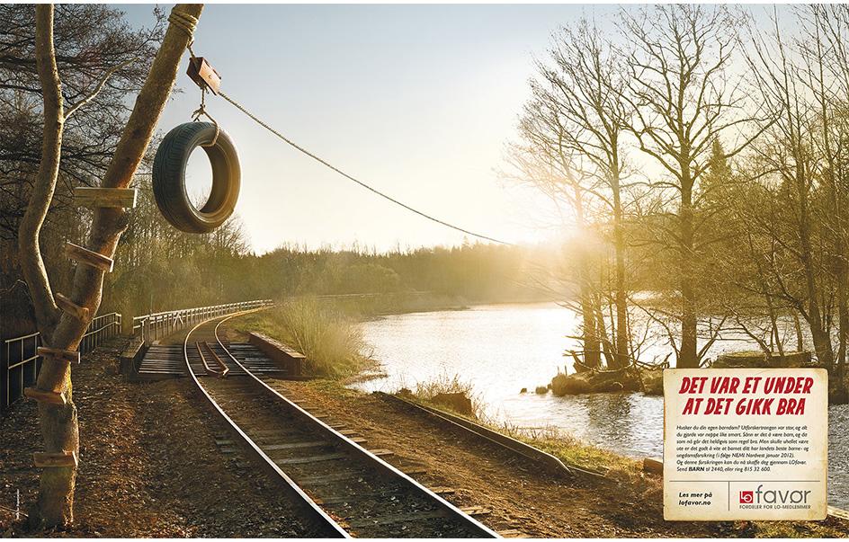 Fotograf Petrus Olsson, byrå: SMFB for Supertanker, AD/designer: Carl-Erik Conforto,  kunde: LOfavør. Juryens uttalelse: Det er som et kunstverk! Fint lys, klassisk - vakkert, Fine detaljer, bra tanker bak