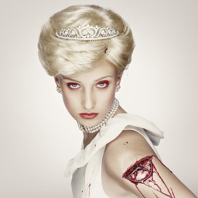 """© Erwin Olaf """"Royal Blood"""""""