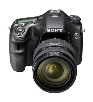 Sony Alpha SLT-A77 II er et aggressivt priset semiprofesjonelt kamera med høy ytelse.