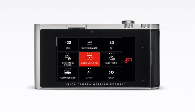 Brukergrensesnittet til Leica T minner mer om en smartmobil eller nettbrett enn om et tradisjonelt kamera.