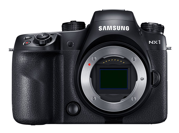 Samsung NX1 har en ny bakbelyst 28 Mp EPS-C CMOS bildebrikke.