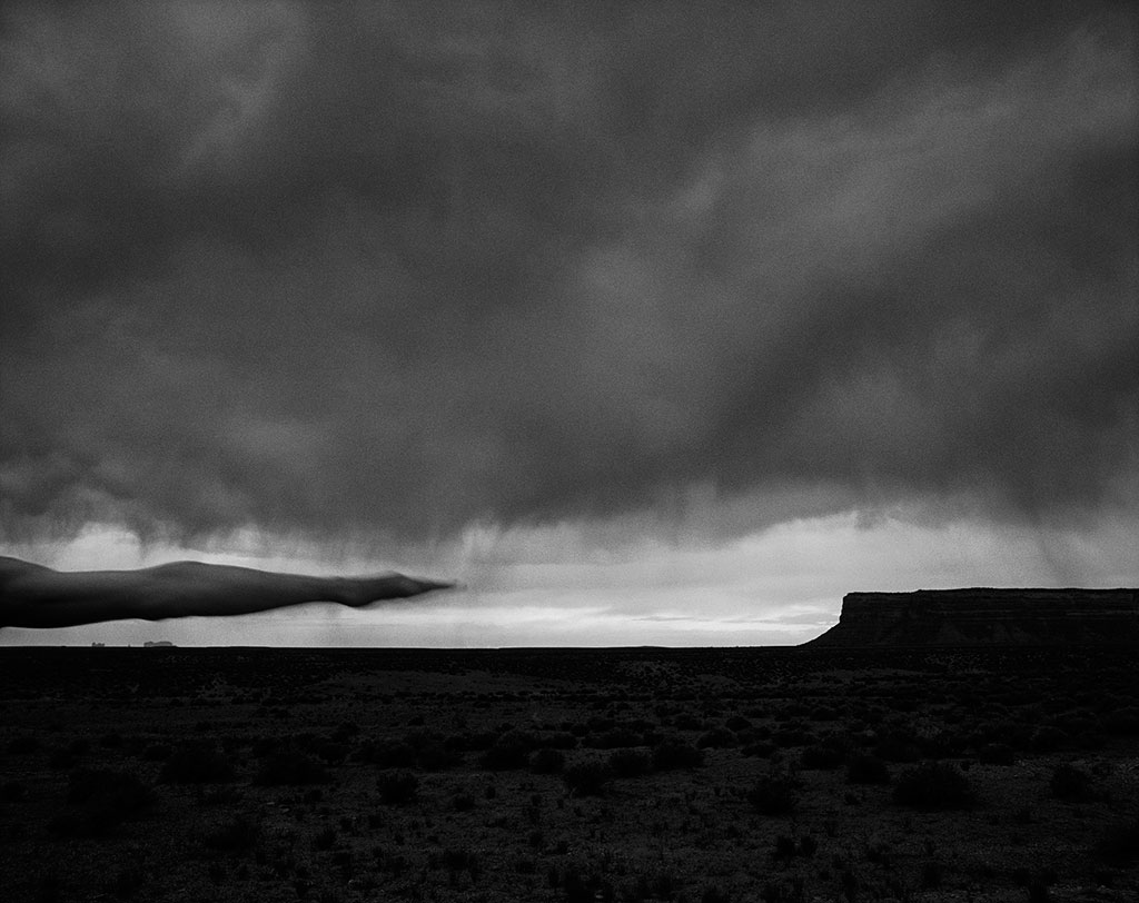 Arno Rafael Minkkinen, Muley Point, Arizona 1999, Courtesy PUG.