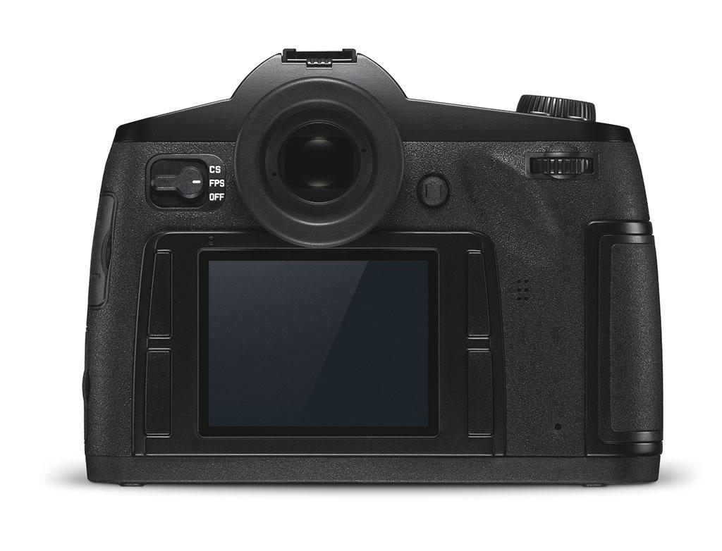 Leica S ser ut som og benyttes som en vanlig speilrefleks. Men med Leicas «DNA» kan du konsentrere deg mer om å fotografere enn å trykke på knapper.