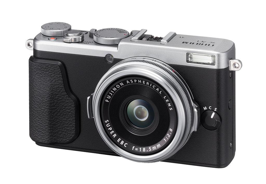 Kompaktkameraet X70 med 16 Mp X-Trans CMOS har ikke innebygd søker.